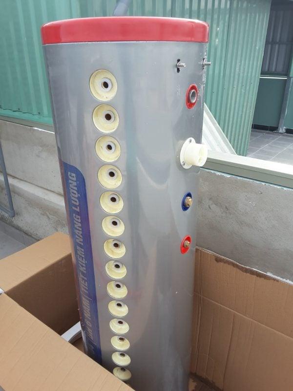 Máy nước nóng NLMT chịu áp lực Thành Đạt Solar 200L